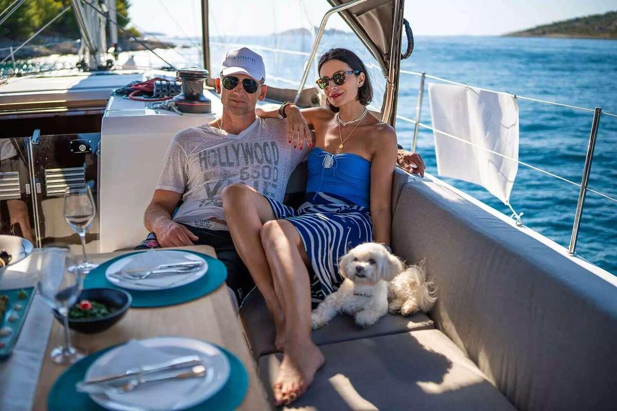 Couple Sailing | Sebastus Sailing
