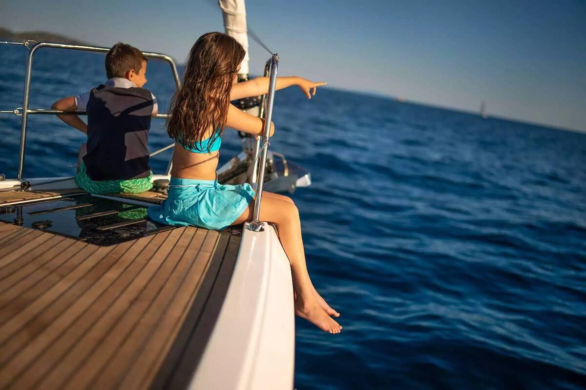 Kids Sailing on Family Sailing Vacation | Sebastus Sailing