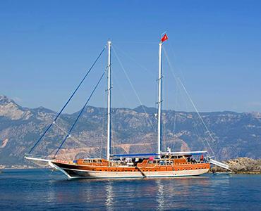 Gulet Croatia | Family Sailing Holidays | Yacht Charter Croatia | Sabastus Sailing